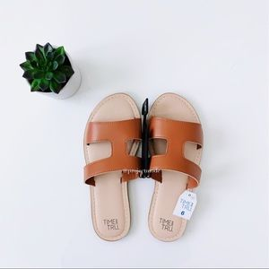 Time and Tru Sandal- Size 6 NWT
